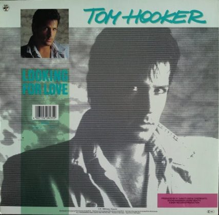Tom Hooker - Looking for love