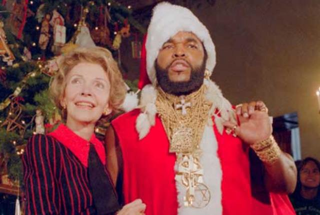 Mr. T (alias Babbo Natale) e Nancy